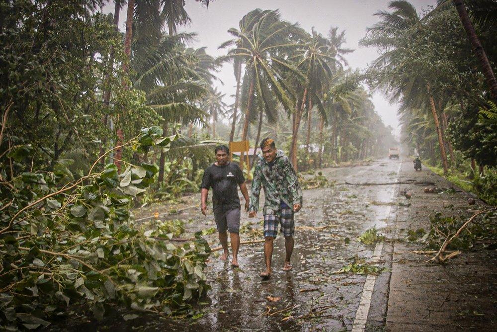 Filipinler Vongfong Tayfunu'nun etkisi altına girdi. 14 Mayıs'taki büyük yağışın ardından binlerce kişinin bölgeden tahliye edilmesi gerekti