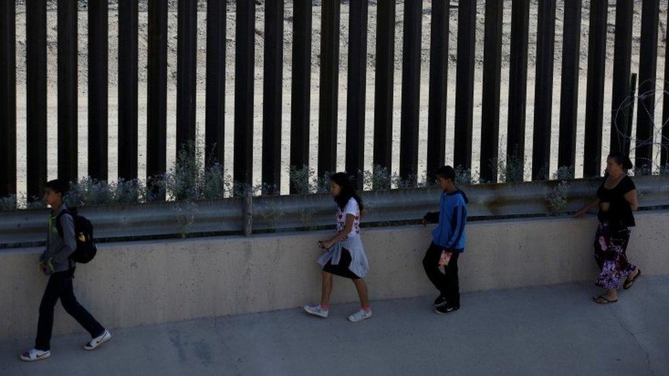 مهاجرون في إل باسو بتكساس