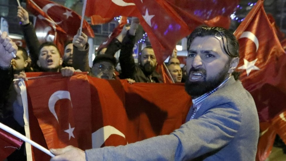 Some 1,000 protesters took to the streets outside the Turkish consulate in Rotterdam