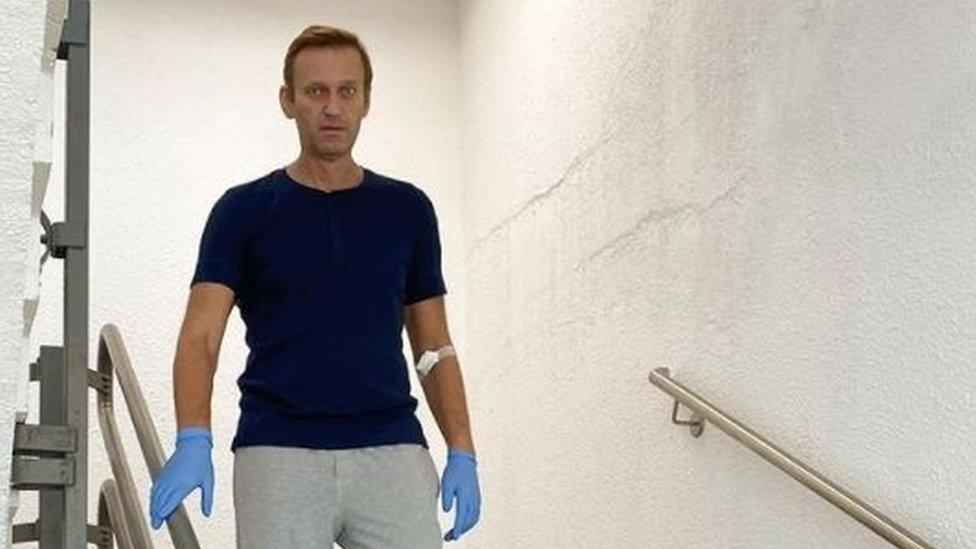 Навального выписали из берлинской клиники Шарите. Он провел в ней 32 дня