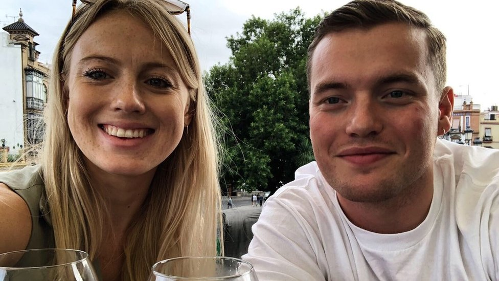 Jack con su novia Leanne