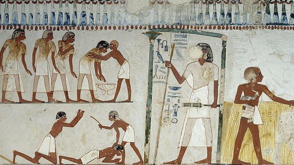 رسوم من مصر القديمة