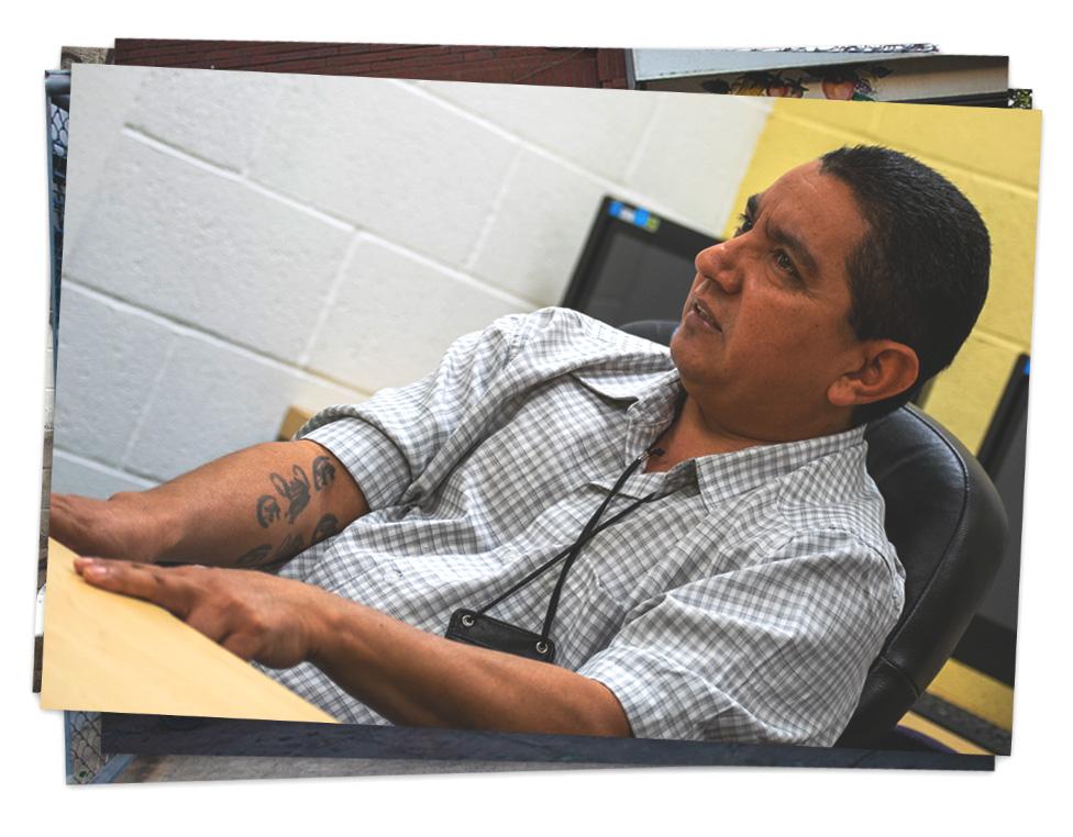 Ernesto Deras, pandillero retirado de la Fulton que ahora hace trabajo social de prevención pandilleril.
