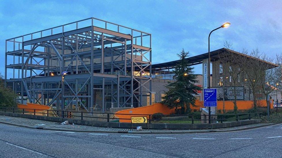 MK Gallery under construction