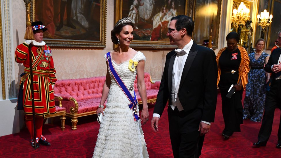 The Duchess of Cambridge arrives for the state dinner