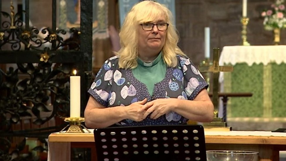 Signed service for deaf worshippers in Staffordshire