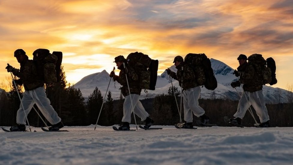 Royal Marines en entrenamiento en condiciones extremas