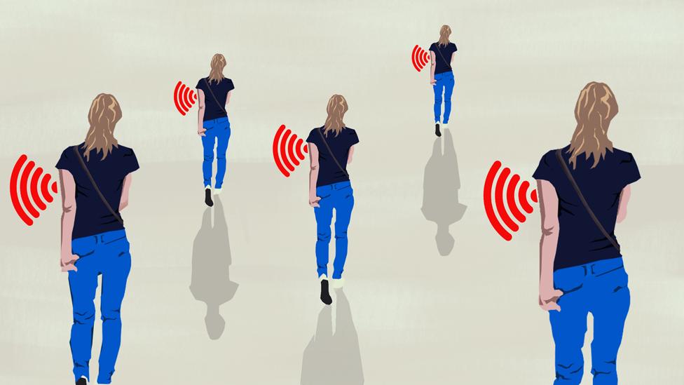 sinyal gönderen insanlar