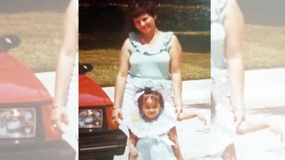 Bertha Loaiza y su mamá.