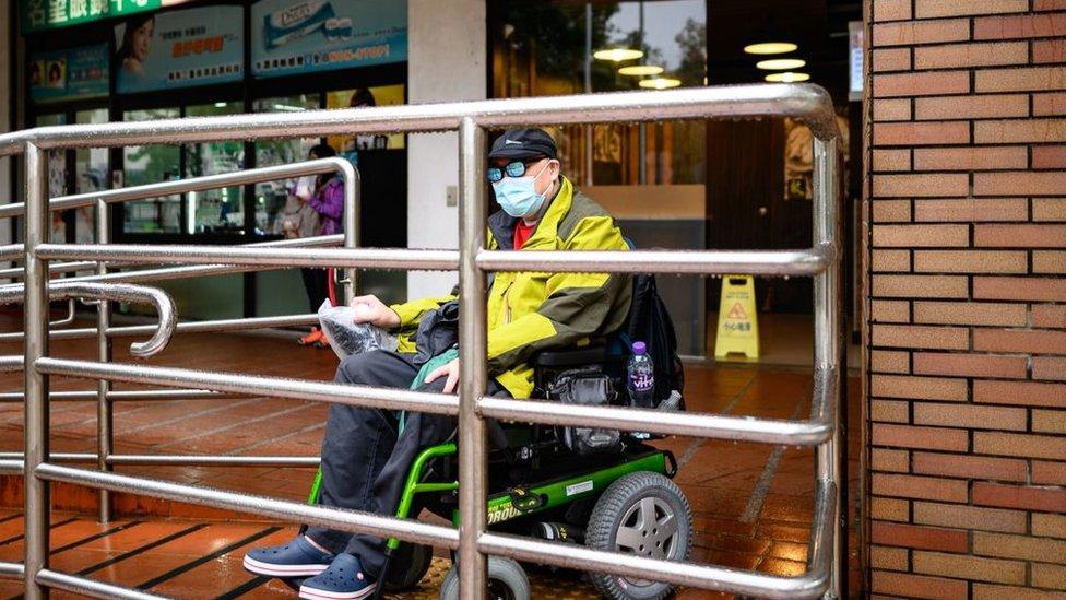 أصحاب الإعاقات أضافت إليهم الأزمة أعباء جديدة