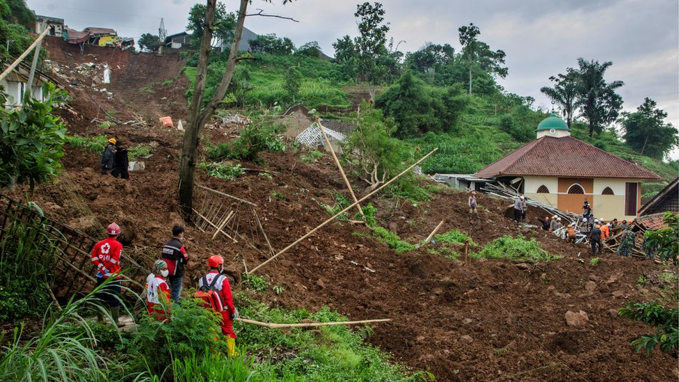 Indonesian Red Cross searched for victims buried by landslides in Sumedang, West Java Province, Indonesia, 10 January 2021