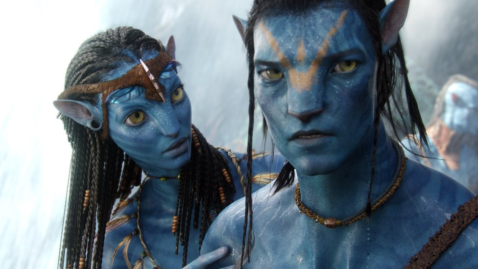 Zoe Saldana and Sam Worthington in Avatar