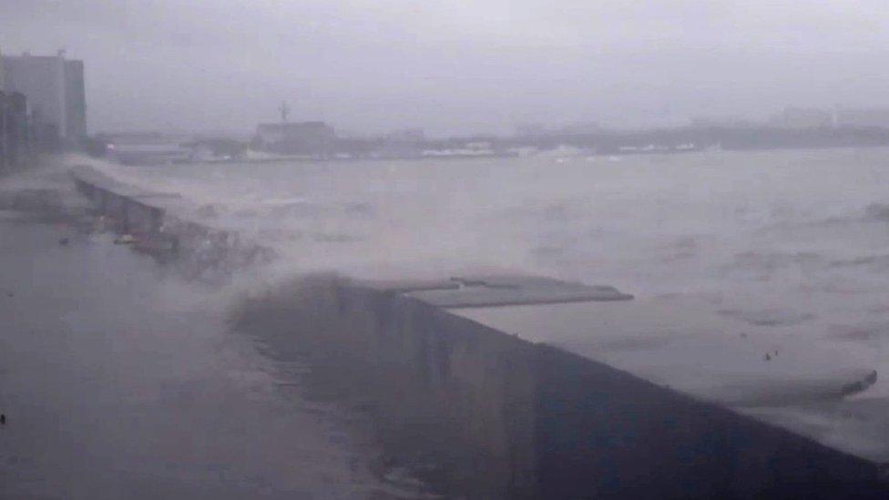 اعصار مانكوت في الفلبين