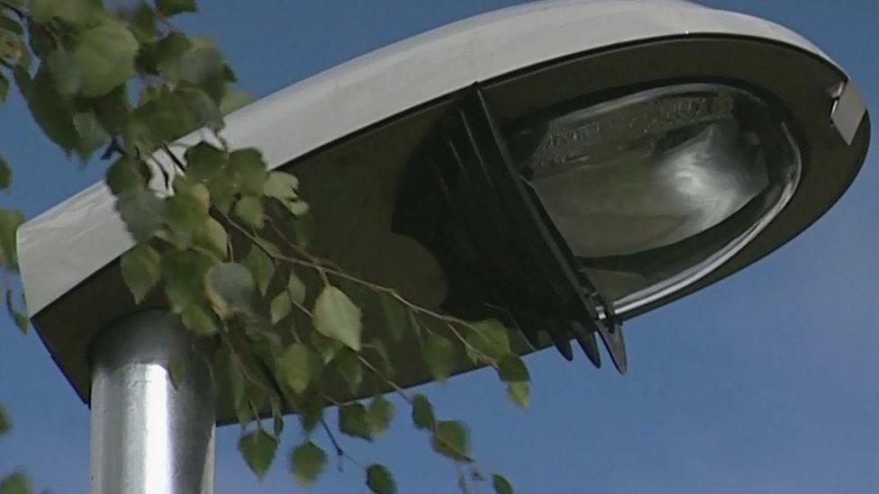 Leeds street lights upgrade plan approved