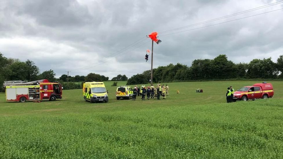 Steane parachutist rescued from power cables