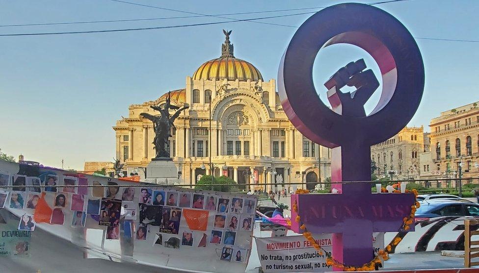 Antimonumento a los feminicidios