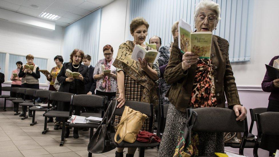 Трое свидетелей Иеговы получили по восемь лет колонии в Астрахани