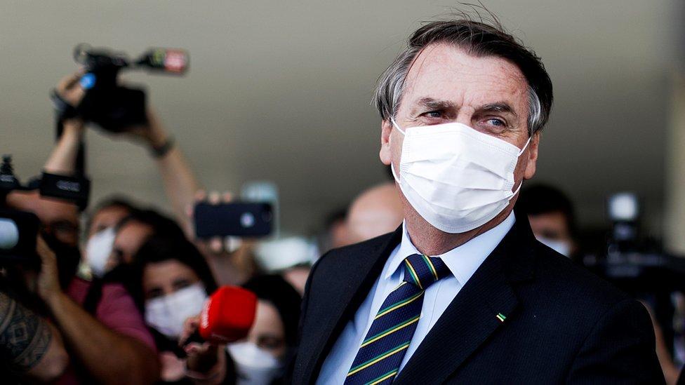 Brazil, politika i korona virus: Ostavka celog vojnog vrha, kriza potresa zemlju