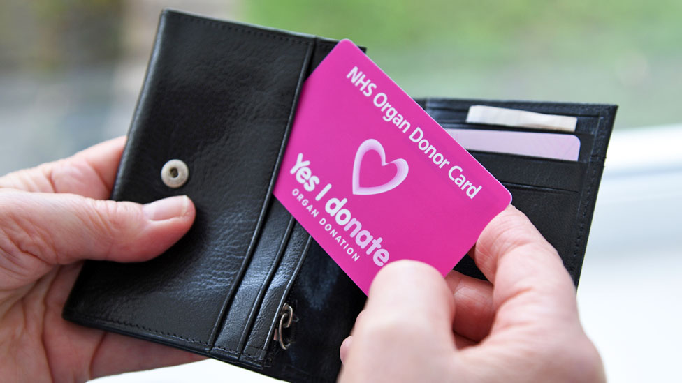 Opt-out organ donation 'in place by 2020' for England