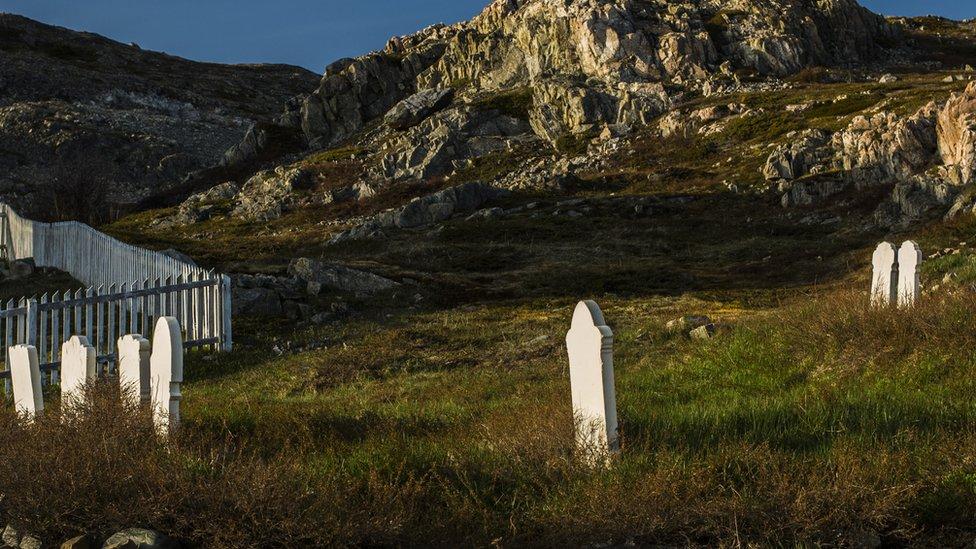 Cementerio en la isla de Fogo, Terranova, Canada