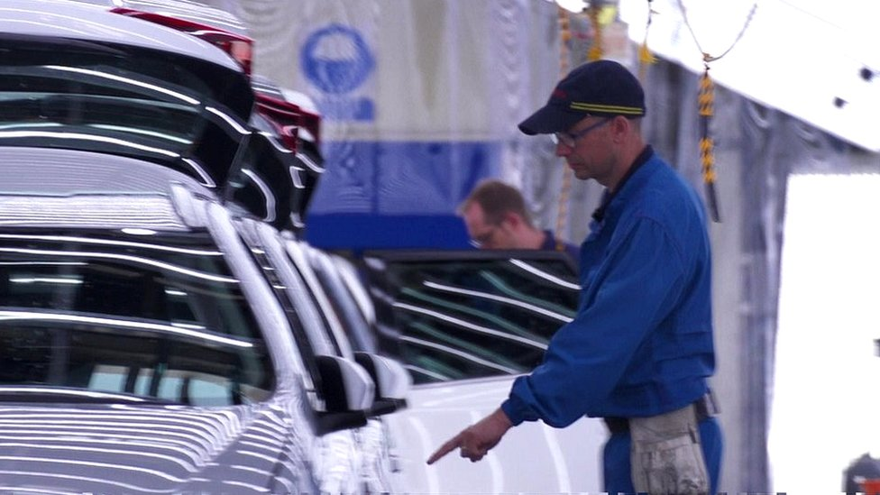 Toyota says no-deal Brexit would stall production at Burnaston
