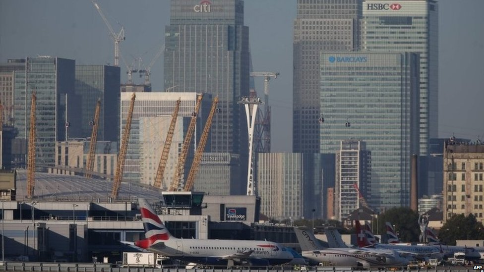 View of Canary Wharf in London