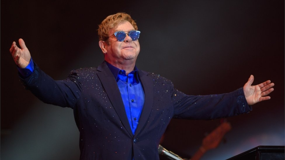 Elton John charity to fund HIV testing