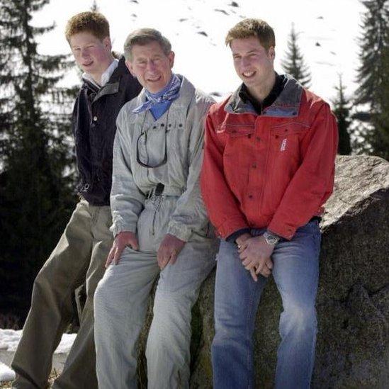 Princ Čarls vodio je sinove na godišnje skijaške odmore u Švajcarsku