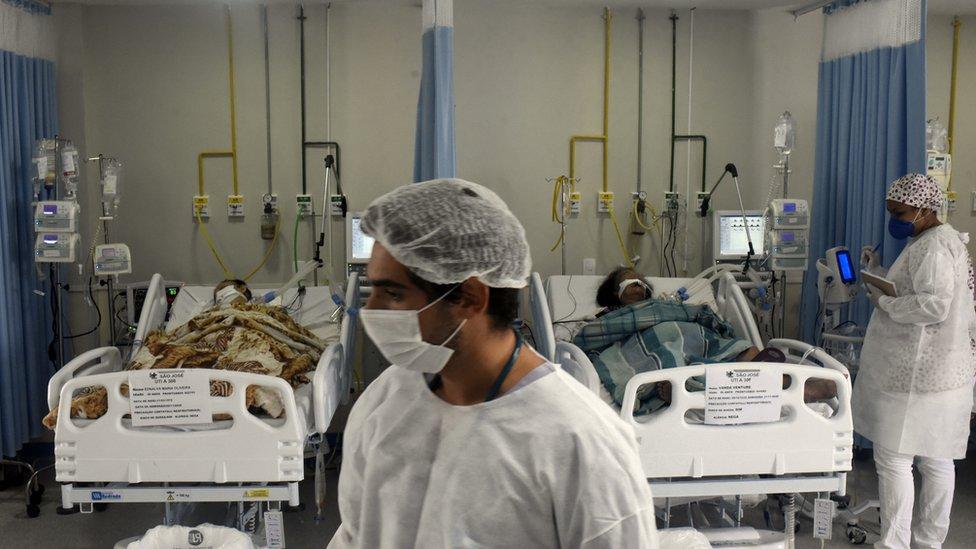 Pacientes em UTI do Rio de Janeiro