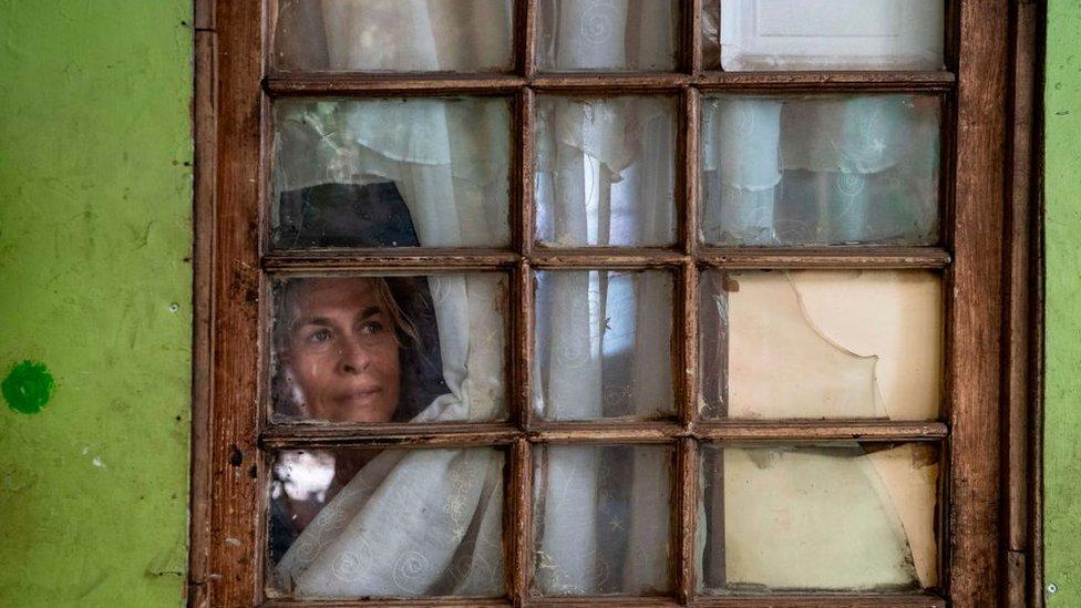 Mujer desempleada en Chile