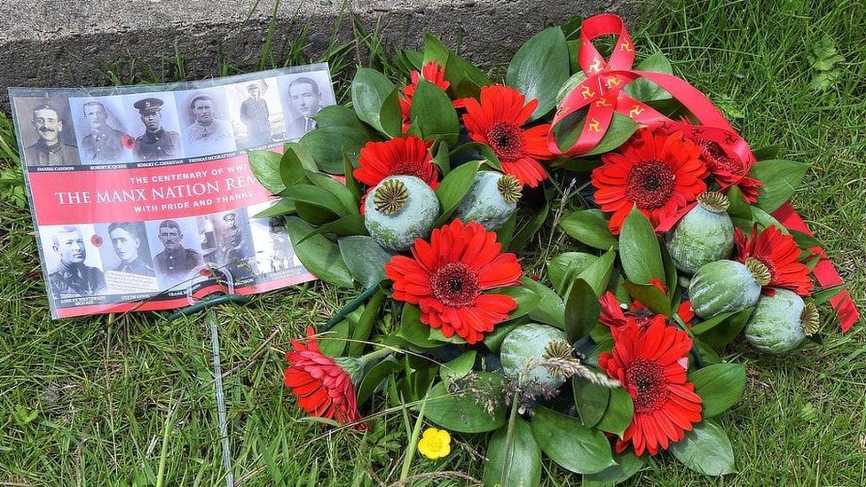 Manx poppy wreath