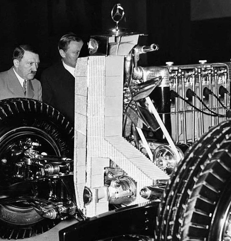 Hitler pregleda napredni nemački inženjering tog vremena - šta bi bilo da je nacistima dao nenadmašnu prednost?