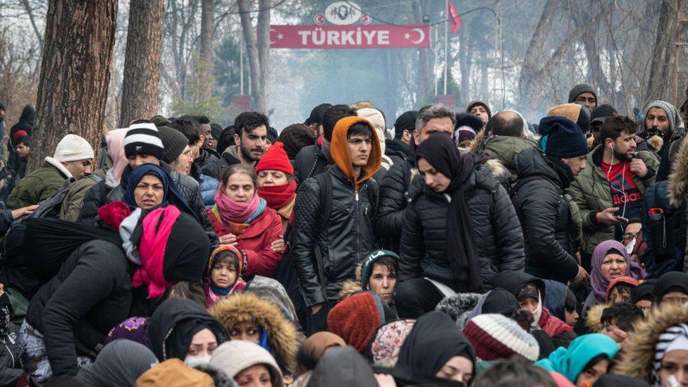 Şubat 2020'de, Türkiye'nin Yunanistan'la sınır kapılarını açtığı yönündeki haberlerin ardından ülkenin dört yanından Edirne'ye giden göçmenler arasında Afganların büyük bir grubu oluşturduğu görülmüştü.