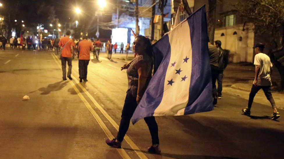 Honduras election: Opposition requests annulment
