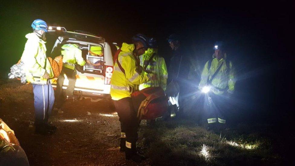 Porthtowan night cliff search 'saves life'