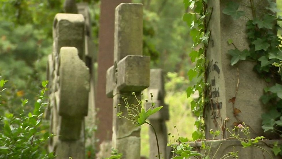Grade I listed Highgate Cemetery running out of space