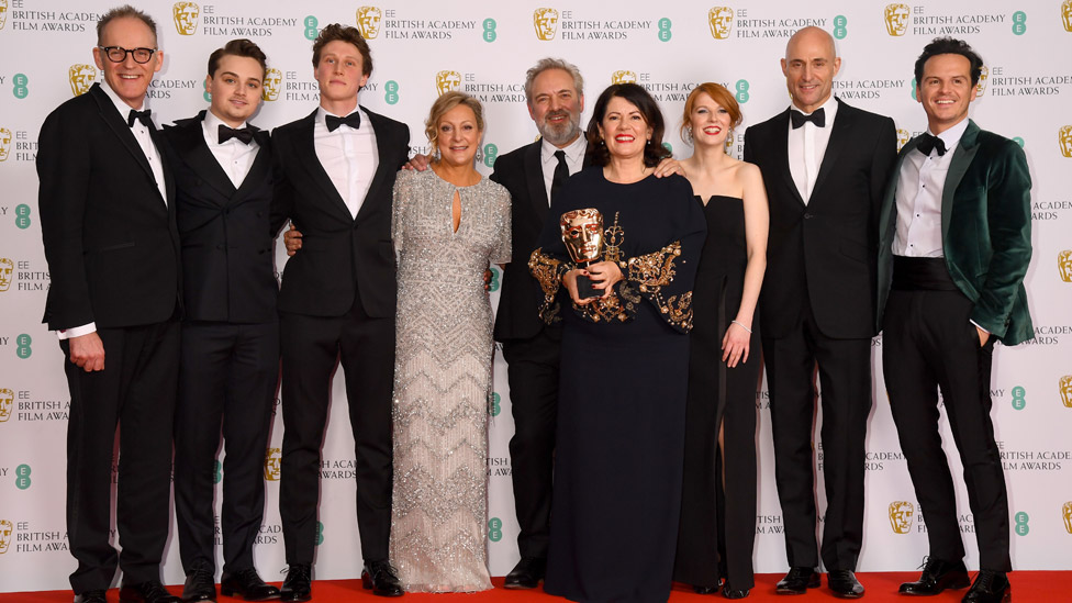 The cast and team behind 1917 with their Bafta for best British film