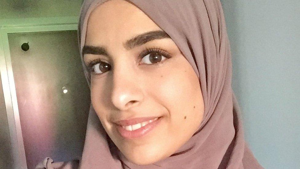 Švedska: Muslimanka odbila da se rukuje sa muškarcem, ali dobila na sudu
