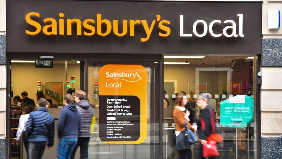 Aldi and Lidl included in Sainsbury's-Asda competition probe