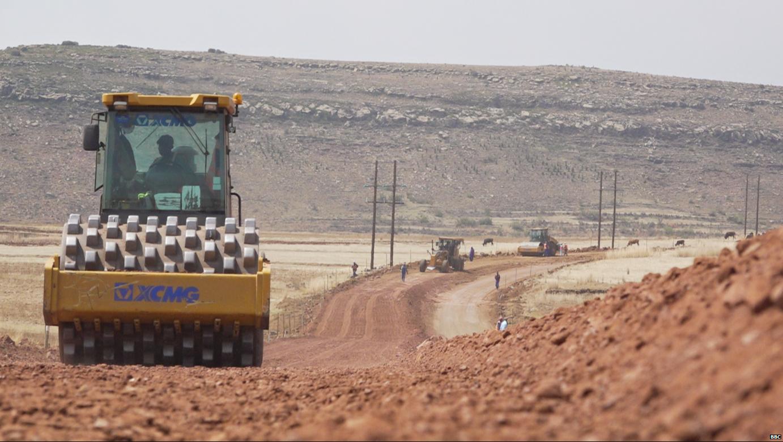 الصين تعزز وجودها في مختلف أنحاء أفريقيا ببناء الطرق والموانئ والمطارات