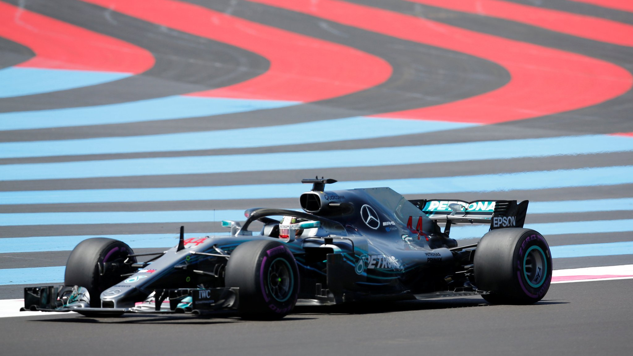 Lewis Hamilton fastest in French GP practice as Marcus Ericsson crashes