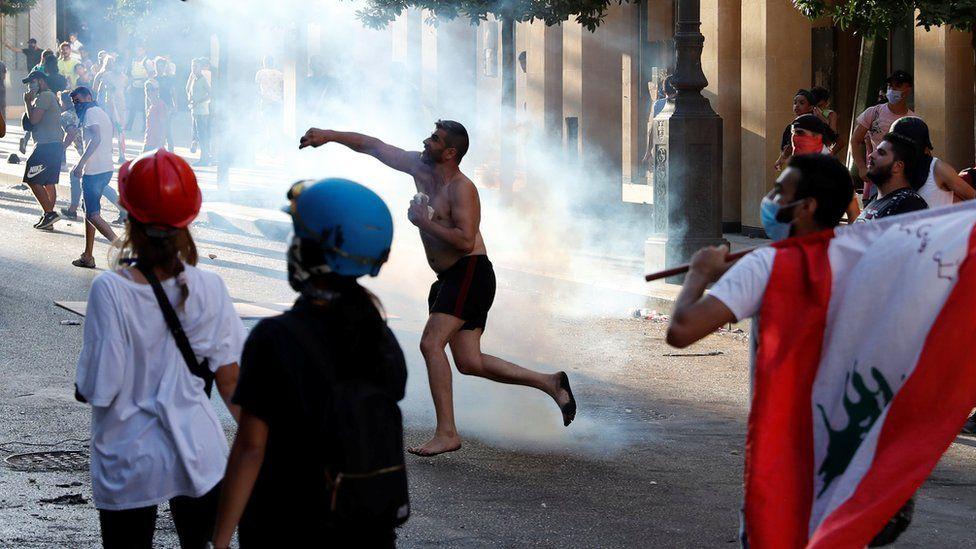 Demonstrasi di Beirut