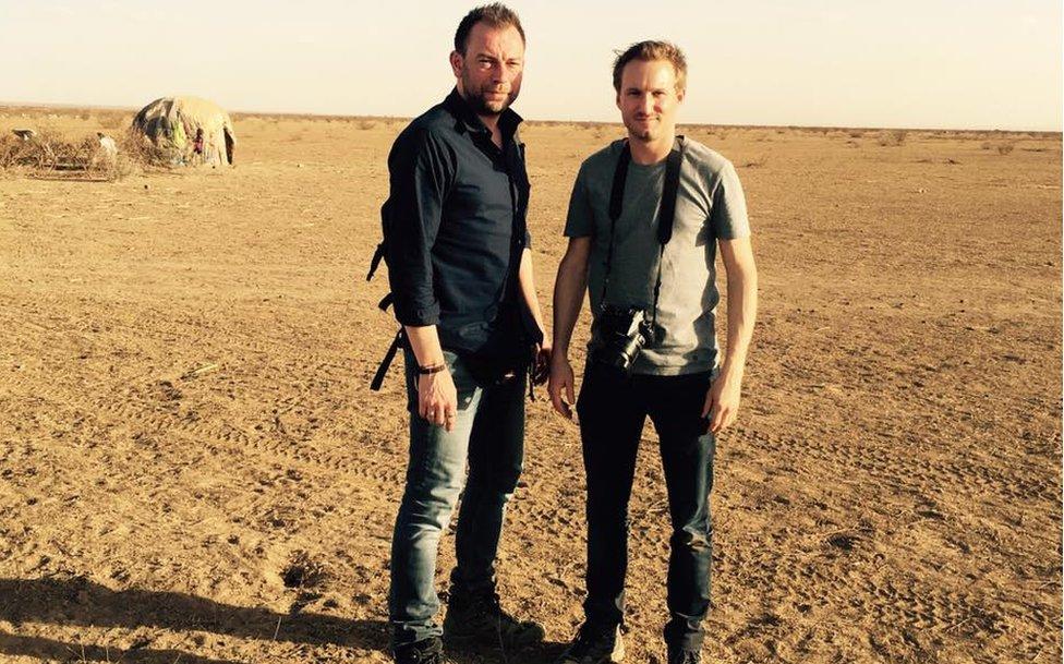 Los periodistas belgas Kurt Wertelaers y Benoit de Freine