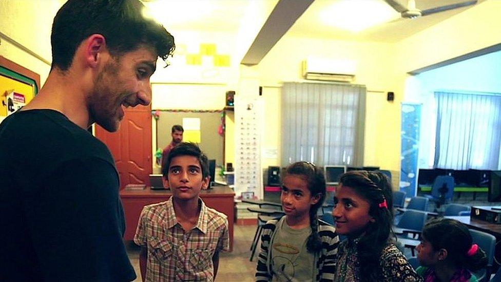 "Benjamin Zand meets children who live in Lyari, Karachi's ""most dangerous"" neighbourhood"
