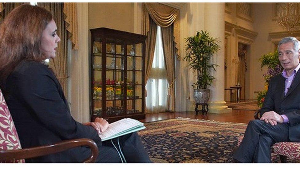 PM Singapura Lee Hsien Loong berbicara secara eksklusif kepada wartawan BBC, Karishma Vaswani.
