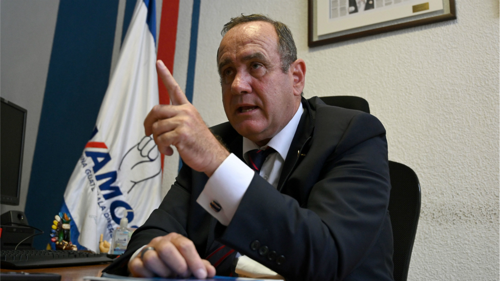 Candidato Alejandro Giammattei