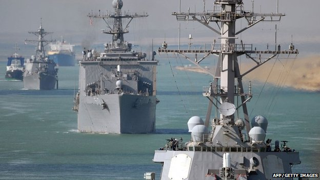 US warships line astern