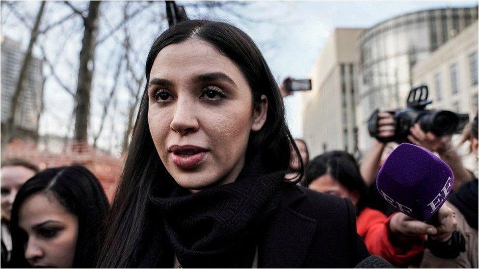 كورونيل إيسبورو أثناء محاكمة زوجها في عام 2019