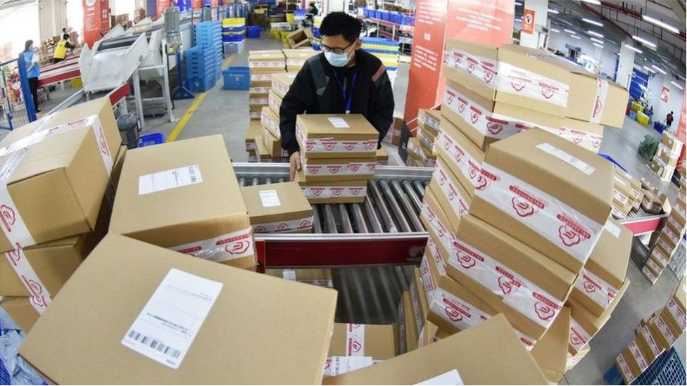 تزايدت معدلات التسوق الإلكتروني منذ تفشي وباء كورونا