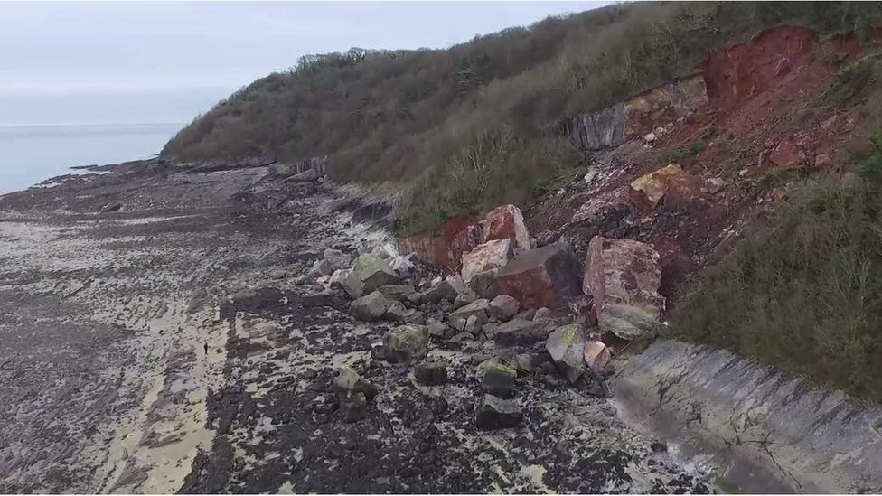 Gower rock fall: Warning to avoid Oxwich Bay beach boulders